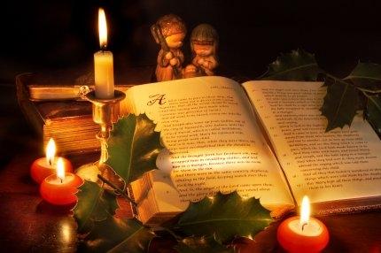 Les Trois Beaux Livres A Offrir Pour Noel Revue Consacree
